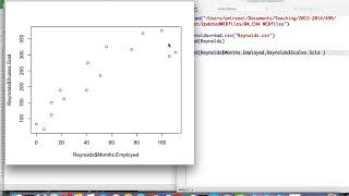 كيفية إنشاء الدرجة الثانية نموذج الانحدار في R