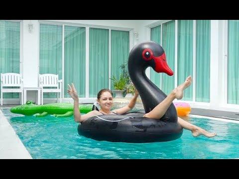ВЛОГ Снова ПЕРЕЕЗД ! Интересная Вилла на 15 человек с бассейном!