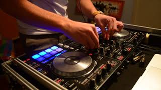 set FUTURE POPULAR REMIXES in live con Pioneer ddj sr (Mon Madhatter)