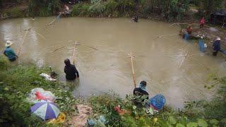 ยกสะดุ้งหลังฝนตกหนัก-Netfishing after rain.
