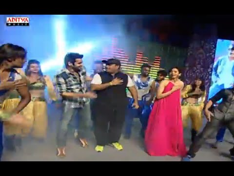 Thaman Live Performance For Ye Pilla Pilla Song @ Pandaga Chesko Audio Launch