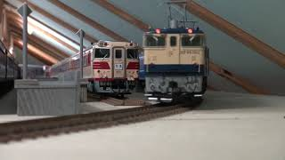 OJゲージ鉄道模型EF65-1012牽引12系臨時列車
