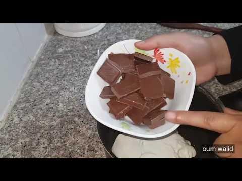 مطبخ-ام-وليد-كيك-شوكولا-سهل-محشي-جوز-الهند