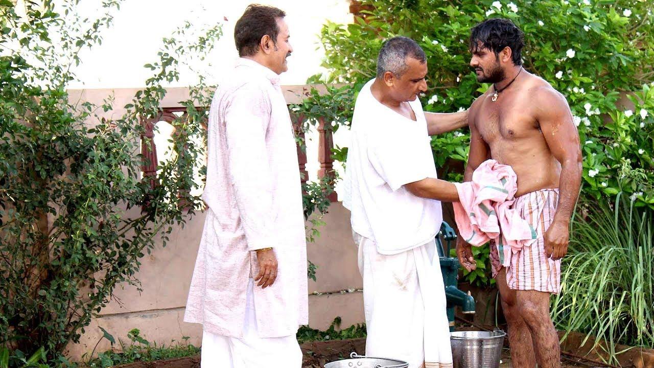 Baap Bete Ki Masti | Khesari Lal Yadav & Avdhesh Mishra - बाप बेटे की मस्ती