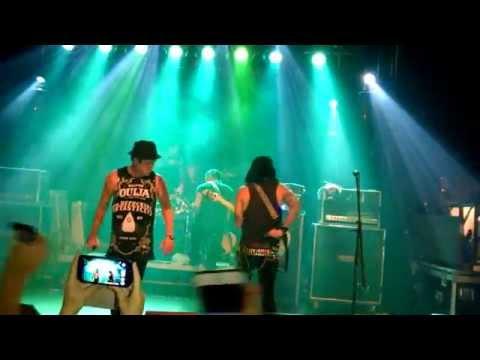 Escape The Fate - Picture Perfect, Live Vienna 2014 Szene Wien
