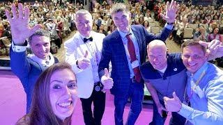 Я на сцене Арбат Холла на Открытии doTERRA | Москва | 11.05.18