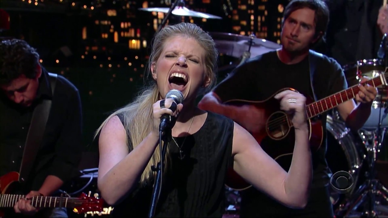 Download Dixie Chicks - Not Ready to Make Nice (Live on the Late Show with David Letterman 2006)