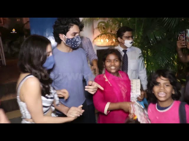 Sara Ali Khan & Ibrahim Ali Khan Snapped At Olive Bandra