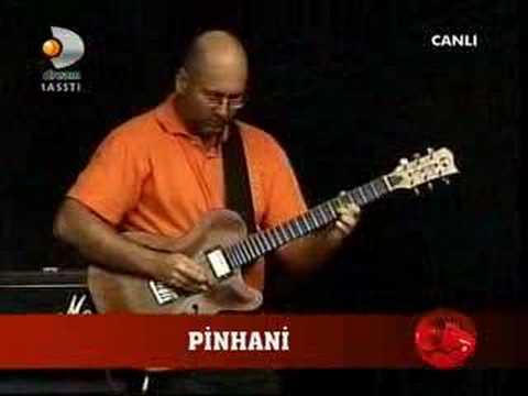 Pinhani hele bir gel konser