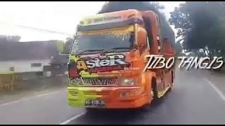 Gambar cover Story truck #06 ORA USAH NGURUSI URUSANE WONG LIYO