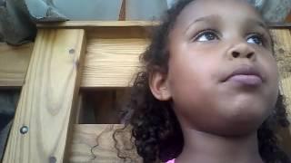 The gummy bears and mini gummi rings magic