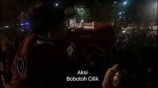 CATATAN PERSIB   AKSI BOBOTOH CILIK PIMPIN CHANT PERSIB DI MAPOLRESTABES BANDUNG!!! #Bobotoh #Persib