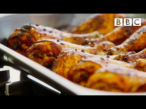 Mary Berry's smoky firecracker chicken drumsticks - BBCKaynak: YouTube · Süre: 4 dakika18 saniye