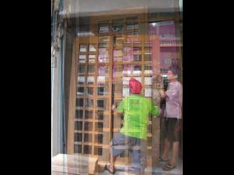 ตัวอย่าง บานไม้สักใส่กระจก @ บ้านไม้
