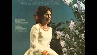 Loretta Lynn -- Wings Upon Your Horns