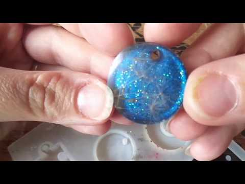 How to make epoxy resin pendant with dandelion and summer night sky background