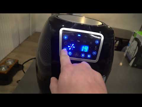 UNBOXING AND GOING OVER FRIGIDAIRE AIR FRYER