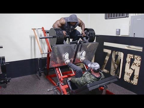 workout-with-kai-greene-at-zoo-culture