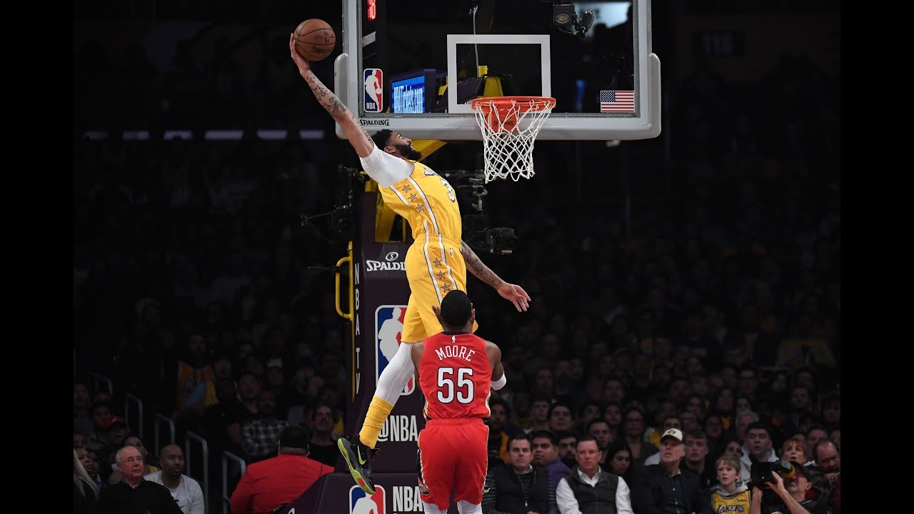 Anthony Davis Throws Down Two Ridiculous Alley Oop Dunks Against New Orleans Pelicans
