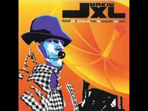 Клип Junkie XL - Reload (feat. Dave Gahan)