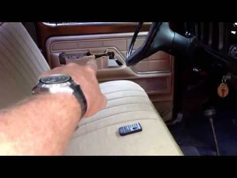 1979 Ford F-150 Walkaround. 400 engine and c6 transmission.