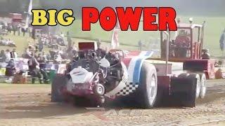 Aksi Balapan Traktor - Tractor Big Power,
