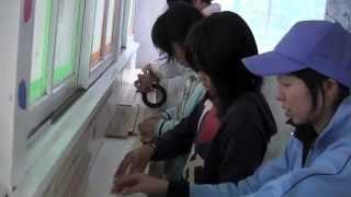 気仙沼市立松岩小学校の校庭にある、東日本大震災で大活躍したトイレで...