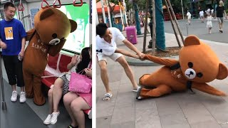 Funny Brown Bear Handing Out Leaflets | Funny Troll - Funny Pranks 2019 (P01)