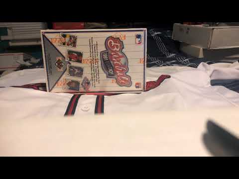 Ripping A Box Of 1991 Upper Deck Baseball Looking For Gold