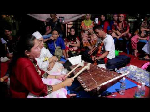 Kissah Pagtunang2 Ha Icom  by Indah Anjam