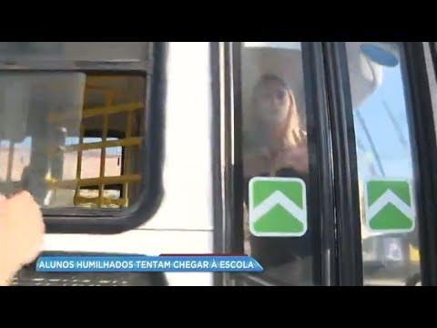 Motorista prende repórter em ônibus após denúncia de estudantes no Rio