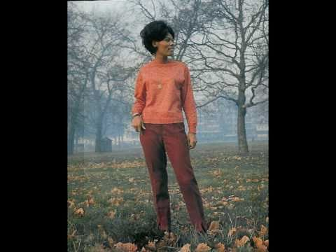 Dionne Warwick Theme From Valley of the Dolls 1968 Million Seller
