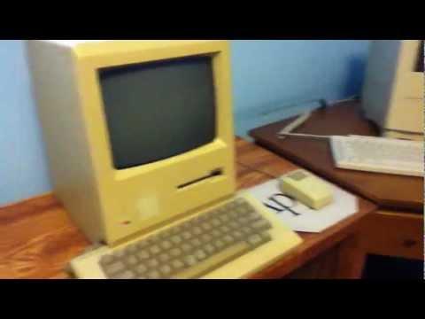 Macintosh 128k! (The First Macintosh)