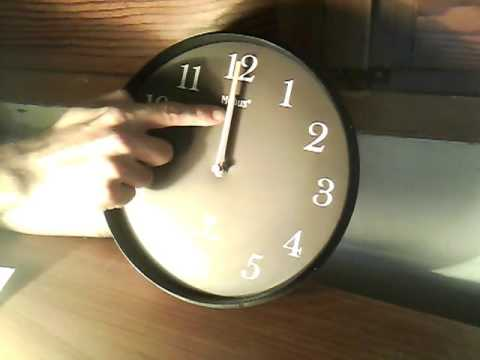 How to set your analog radio controlled clock in a different time zone ( eng version )