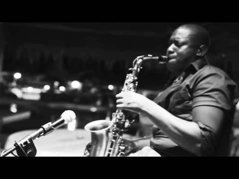 Key, Sax & Voice - Beach Club à Libreville