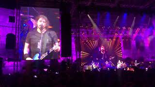 "Foo Fighter - Fan plays drums and ""destroys"" it - Arena Pula Croatia"