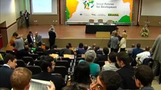 Delegações de 18 países estão no Brasil para conhecer políticas sociais implementadas
