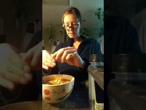 Making pizza soup
