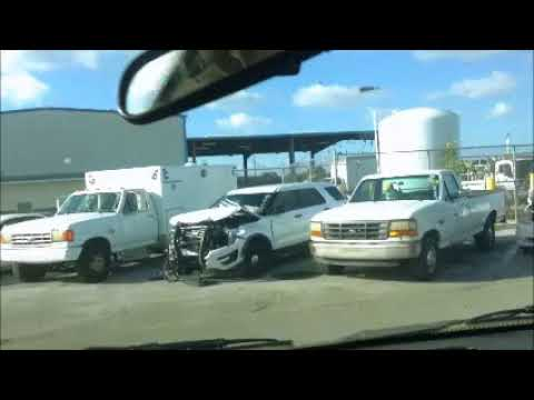 GovDeals: 24789/ 2001 Dodge Ram Van 3500 Maxivan