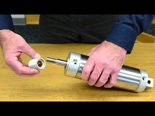 Tech Tip — Clippard's Replaceable Pneumatic Cylinder Rod Gland
