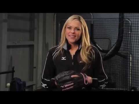 Mizuno Tuesday Tips with Jennie Finch  Teammate