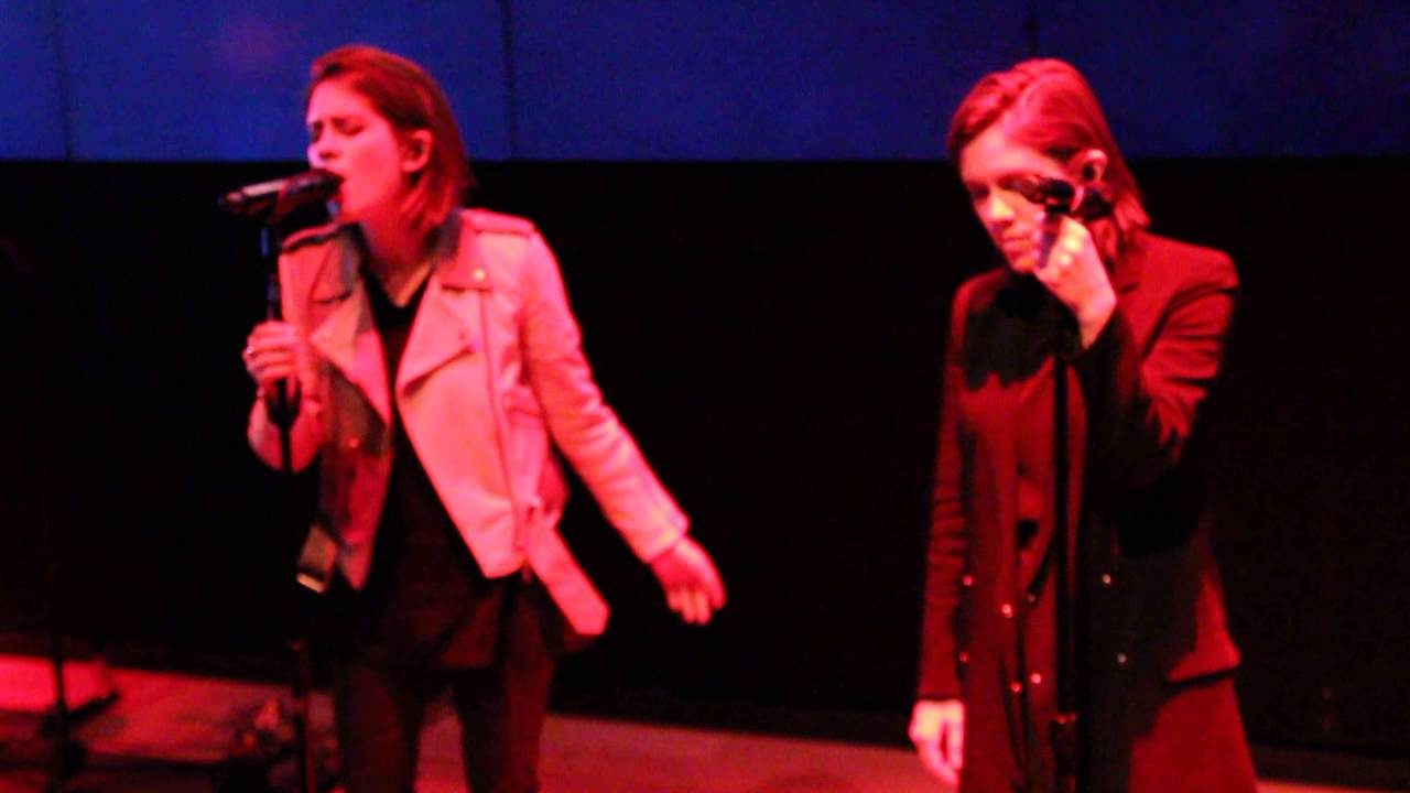 Tegan And Sara   Living Room (live From Samsung 837)