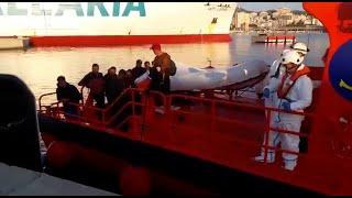 Interceptada una patera con 15 personas a unas 60 millas de Mallorca
