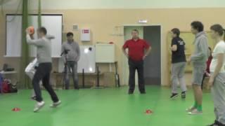 Упражнения с набивным мячом