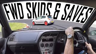 Zapętlaj Clio 197 & 306 GTi6 Nurburgring Drifts & Skids | Camber and Combustion