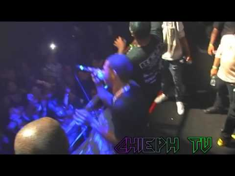 A BOOGIE WIT DA HOODIE performs 1hunnit at Stage 48