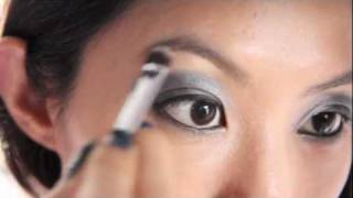 Black Smokey Eye Eyeshadow Tutorial Thumbnail