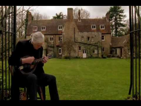 Jimmy Page Playing the Battle of Evermore