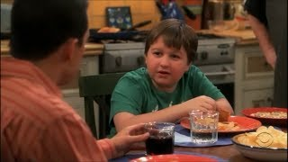 Two and a Half Men - Banana Cream Pie [HD]