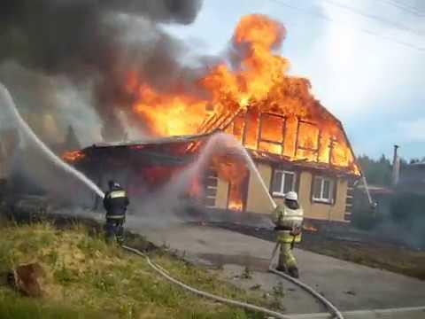 Сильный пожар в